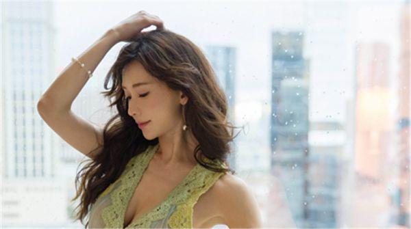 林志玲获公益跨界两项大奖 温柔献唱年度公益歌曲