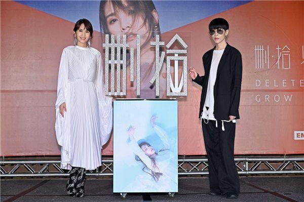 陈珊妮现身杨丞琳新专辑台北发布会1.jpg