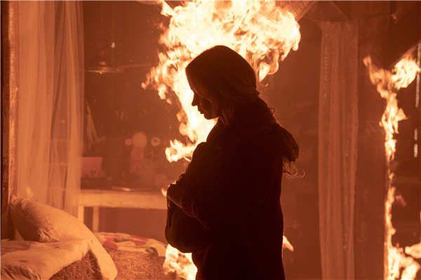 《寂静之地2》发布全新预告 温暖亲情绝境下绽放直击人心