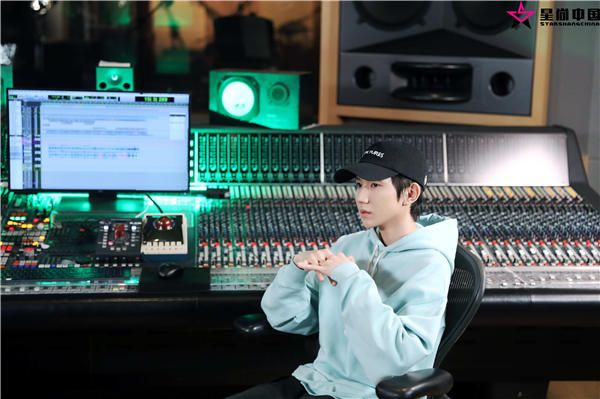 王源献唱《我的姐姐》主题曲《姐姐》 与张楚梦幻联动致敬经典