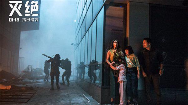 科幻悬疑大片《灭绝》定档1月18日 《降临》编剧升级打造灭世浩劫