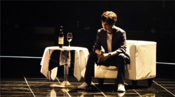 陈楚生王力宏再合作 《天赐的声音》舞台再现《无问西东》