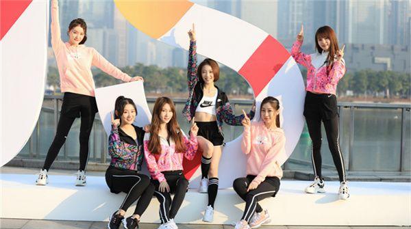 "SING女团助阵时尚集团""向上马拉松""  散发青春正能量"