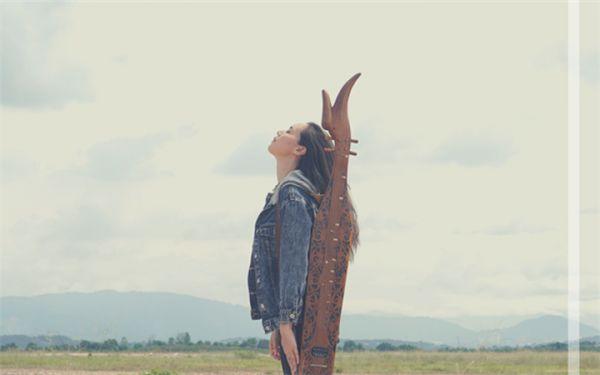 献给天际与大地的美丽专辑 沙贝琴女神阿莲娜个人专辑首发